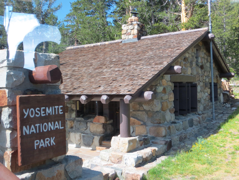 yosemite stanley cabins redfish lake travel magazine id cabin for sunset lodge getaways best